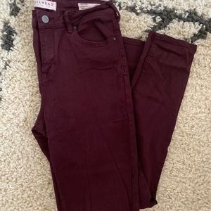 Bullhead denim skinniest pant, size 28